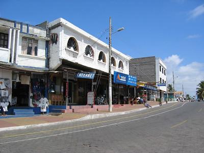 Waterfront shops in Puerto Ayora   (Dec 11, 2005, 10:49am)