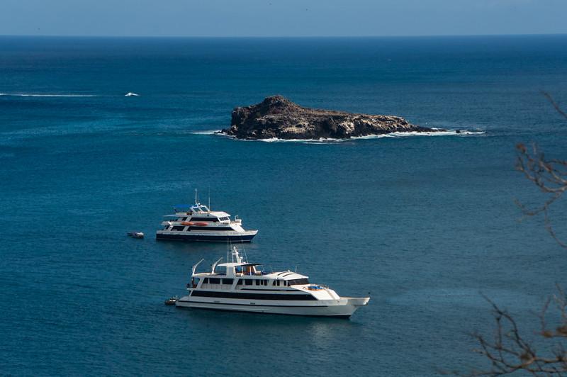 Yachts off of Punta Pitt