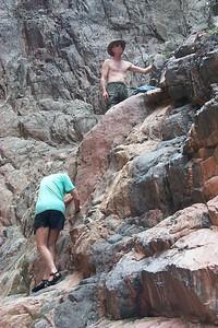 Climbing   (Jun 01, 1999, 02:04pm)