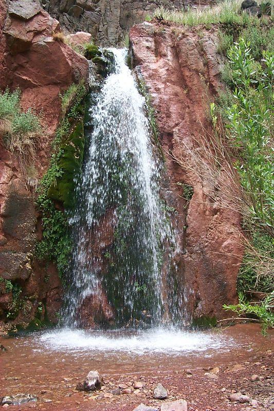 <b>Stone Creek Waterfall</b>   (Jun 05, 1999, 01:00pm)