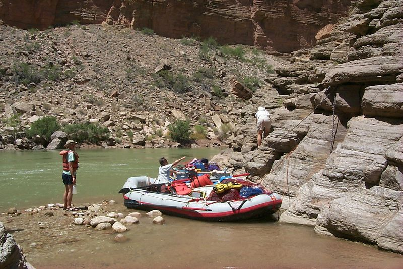 <b>Boats at Matkat</b>   (Jun 07, 1999, 02:38pm)