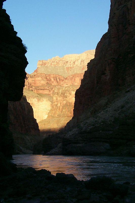 <b>Sun on Canyon Wall</b>   (Jun 08, 1999, 06:55am)