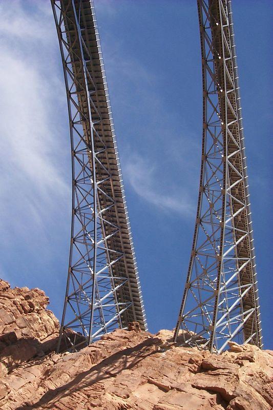 <b>Navaho Bridge</b>   (May 26, 1999, 10:11am)