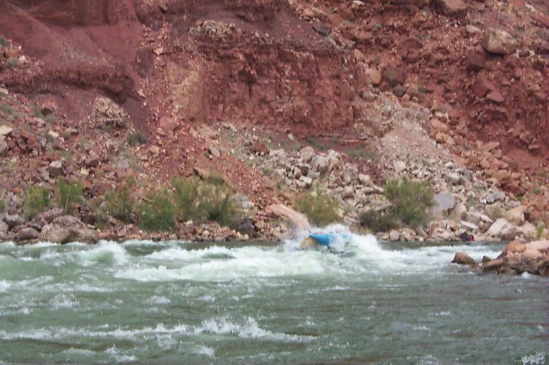 <b>Dave in 24 1/2 Mile Rapid</b>   (May 27, 1999, 02:25pm)