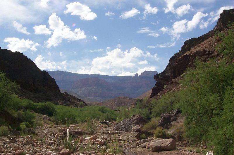 <b>View up Lava Creek</b>   (May 30, 1999, 04:41pm)