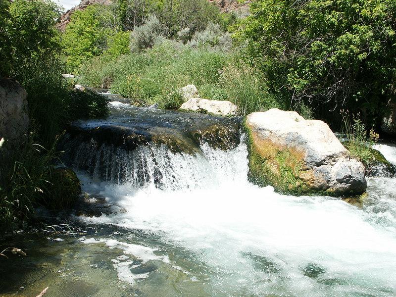 <b>Stream in Jones Hole canyon</b>   (Jun 28, 2003, 02:15pm)