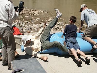 Raft deflation 3   (Jun 29, 2003, 01:50pm)