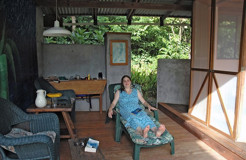 <b>Daphne in the living area of our Byahaut suite</b>   (Jul 16, 2004, 04:18pm)
