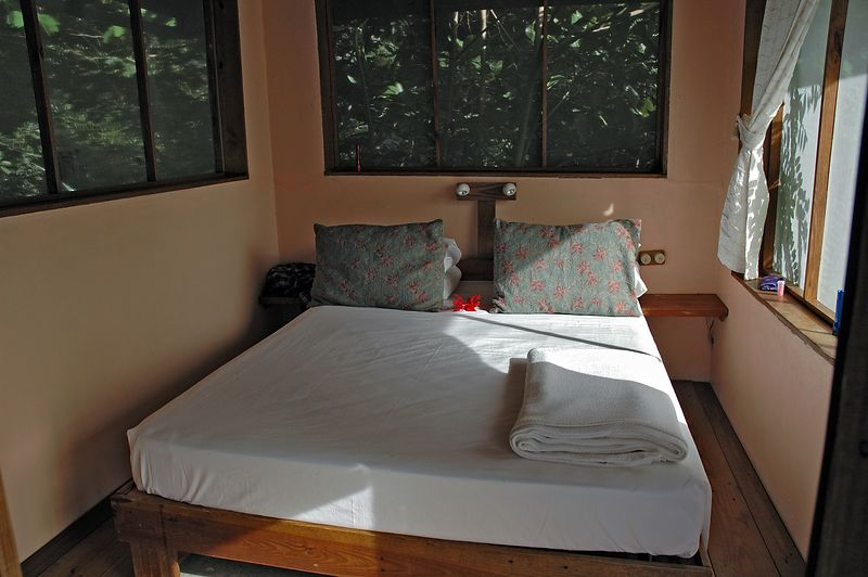 <b>The bedroom of our Petit Byahaut suite</b>   (Jul 16, 2004, 04:19pm)