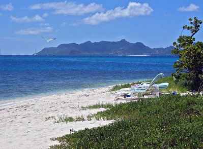 Union Island seen from PSV's West End Beach   (Jul 24, 2004, 01:45pm)
