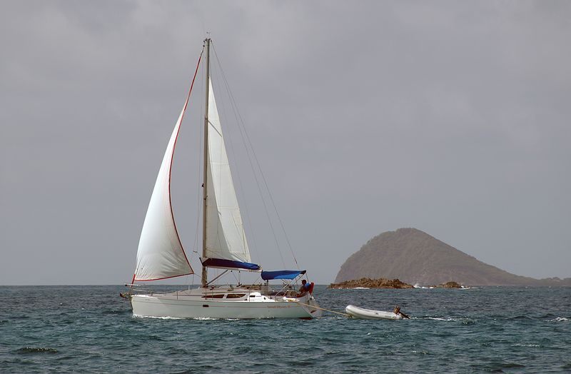 <b>A sailboat passes us on the way to Tobago Cays</b>   (Jul 21, 2004, 02:43pm)