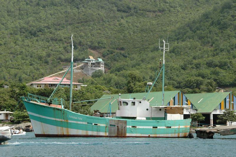<b>Ship docked at Port Elizabeth</b>   (Jul 19, 2004, 10:18am)
