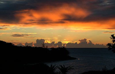 Sunset over Conch Bay, Petit St. Vincent   (Jul 23, 2004, 06:34pm)
