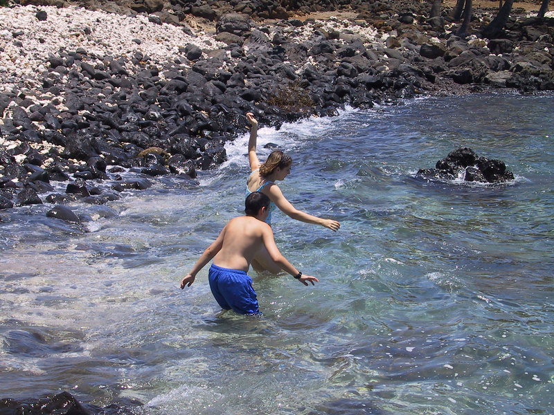 <b>Ben and Daphne take the plunge</b>   (Jul 15, 2001, 01:00pm)