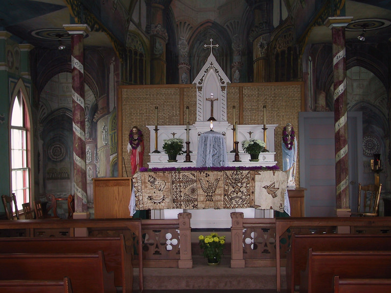 <b>View of alter inside the Painted Church</b>   (Jul 16, 2001, 02:29pm)