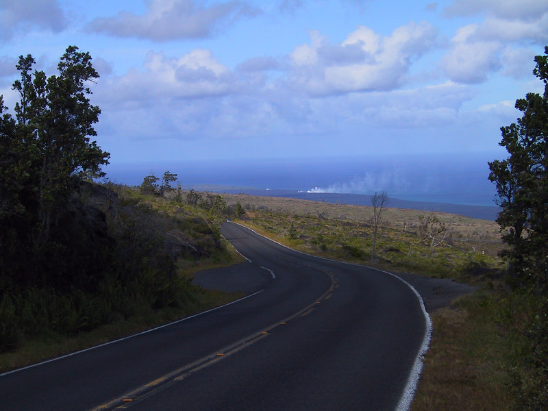 <b>Steam from active lava flow entering ocean seen in distance</b>   (Jul 17, 2001, 04:24pm)