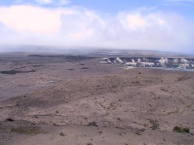 Kilauea Caldera 3   (Jul 17, 2001, 11:44am)