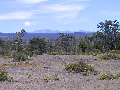 View of Mauna Kea volcano seen from Kilauea volcano   (Jul 17, 2001, 11:31am)
