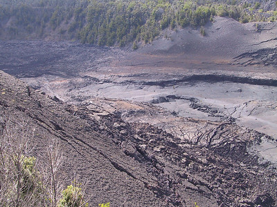 Another view of Kilauea Iki Crater    (Jul 17, 2001, 03:12pm)