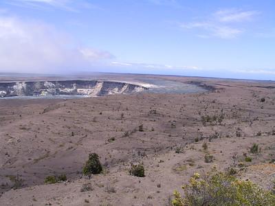 Kilauea Caldera 4   (Jul 17, 2001, 11:45am)
