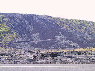 Aha and pohoehoe lava flows down from Holei Pali ridge   (Jul 17, 2001, 04:35pm)