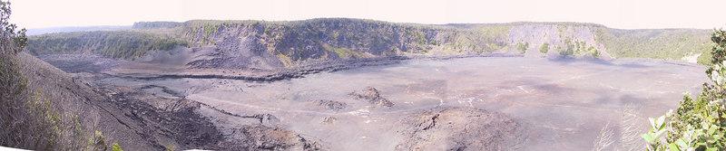 <b>Panorama of Kilauea Iki Crater from Puu Puai Overlook</b>   (Jul 17, 2001, 03:12pm)