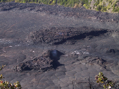 Looking down into Kilauea Iki crater   (Jul 18, 2001, 07:54am)