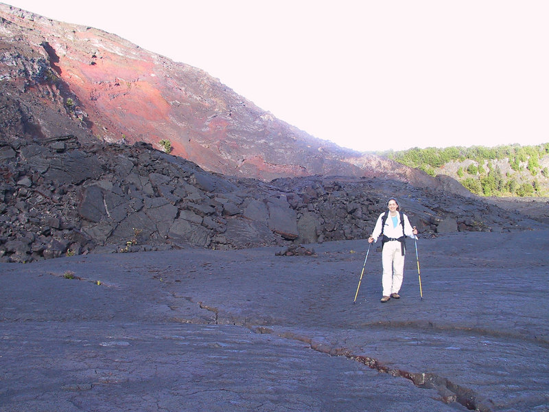 <b>Daphne on the Kilauea Iki Trail</b>   (Jul 18, 2001, 07:10am)