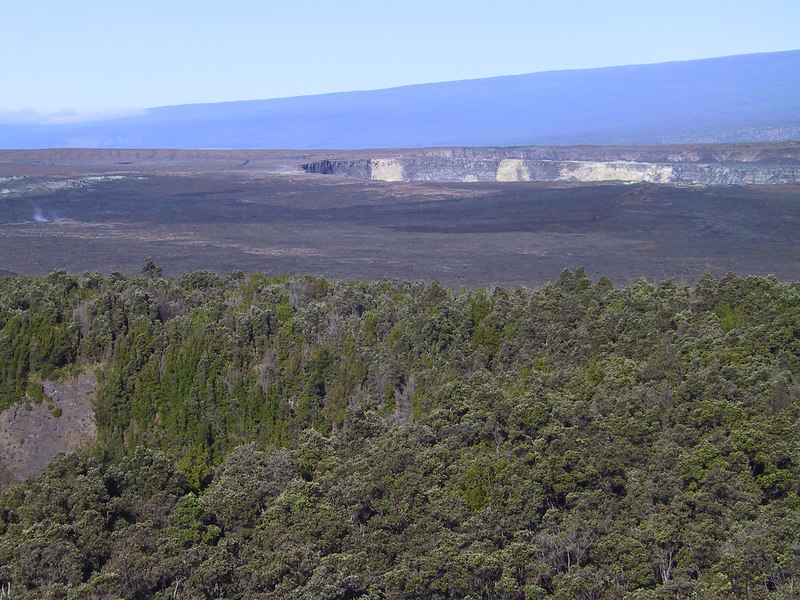 <b>View of Kilauea Caldera from rim of Kilauea Iki crater</b>   (Jul 18, 2001, 07:49am)