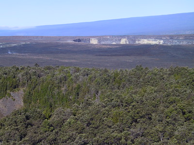 View of Kilauea Caldera from rim of Kilauea Iki crater   (Jul 18, 2001, 07:49am)