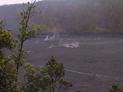 View of Kilauea Iki in early morning   (Jul 18, 2001, 06:35am)