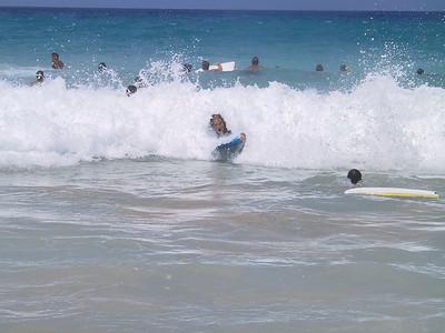 Bill tries to boogie board   (Jul 19, 2001, 10:36am)