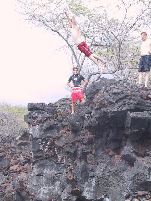 <b>Keith cliff jumping 1</b>   (Jul 19, 2001, 02:57pm)