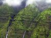 <b>Closeup of waterfalls in Wainiha Valley</b>   (Jul 26, 2001, 01:14pm)