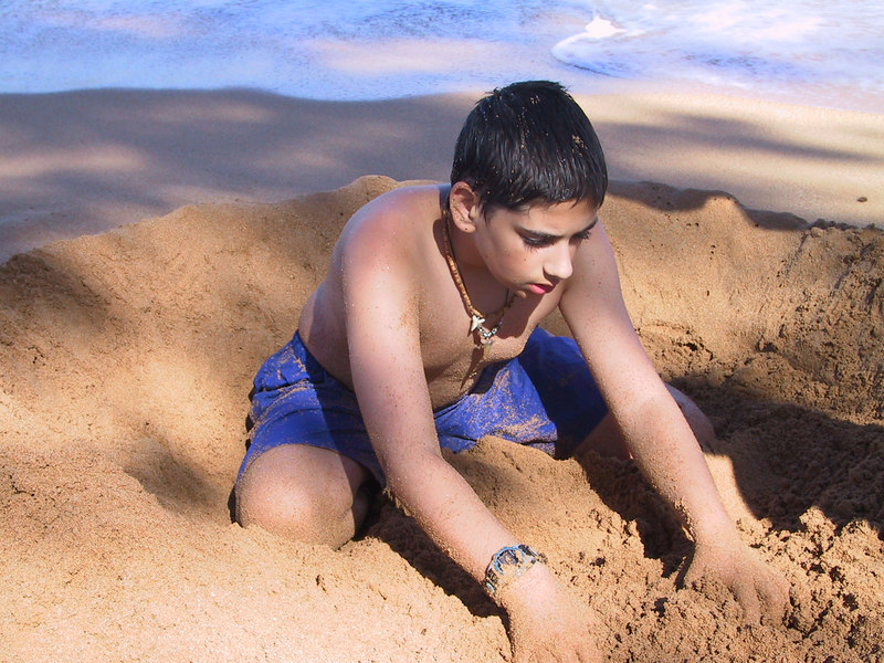 <b>Ben plays in the sand</b>   (Jul 27, 2001, 03:49pm)