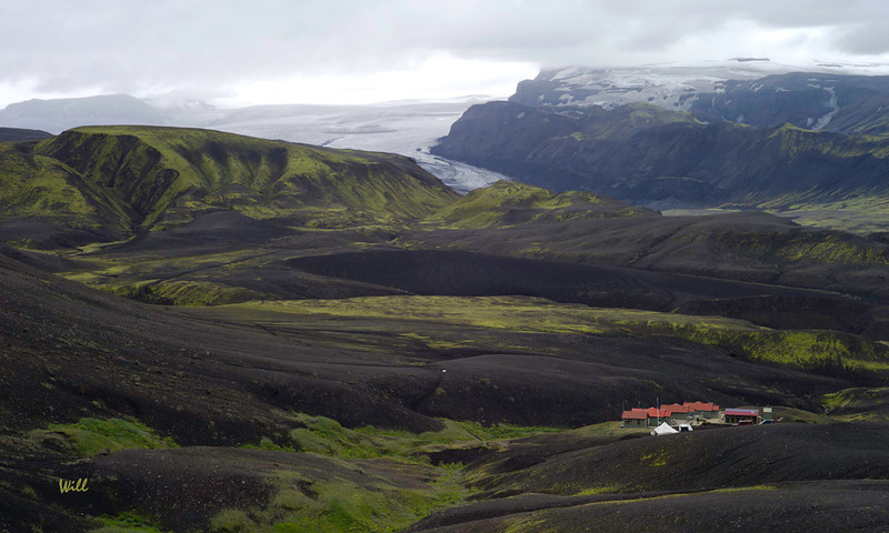 One of Iceland's most dangerous volcanoes is Katla (4 eruptions since 1947). When Katla erupts, the resulting jökulhlaup starts here - at Emstrur. <br /> <br /> The Emstrur huts are located at the mouth of an amazing gorge carved by many centuries of jokulhaups.<br /> <br /> When volcanic activity is detected at Katla, the wardens begin shooting off flares and sounding alarms (sirens and flash-bangs). When you hear those alarms, you get to high ground as fast as you can - no delay.