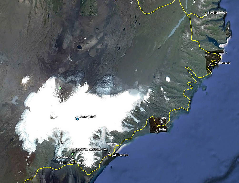 This area is dominated by the immense Vatnajökull glacier (Europe's largest). <br /> To the south of Vatnajökull is the Skatafell National Park. To the Southeast lies the Jökulsárlón lagoon.<br /> <br /> To the east and northeast lie the Eastern Fjords.
