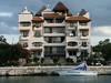 <b>Apartment building behind the villa</b>   (Dec 28, 2002, 04:32pm)