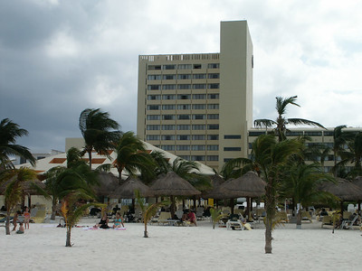 The Presidente hotel   (Dec 27, 2002, 12:06pm)