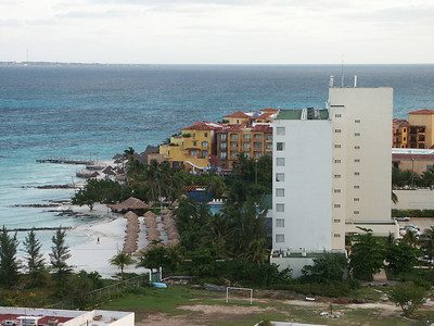 Northeast Cancun from hotel room   (Dec 27, 2002, 06:51am)