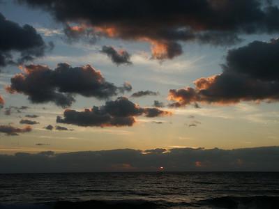 Sunrise   (Dec 29, 2002, 06:26am)
