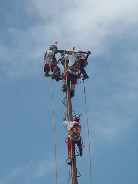 <b>Mayan performers climb to top</b>   (Dec 30, 2002, 10:32am)