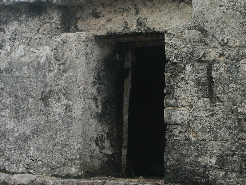 <b>Look close for image of woman to left of door</b>   (Dec 30, 2002, 09:53am)