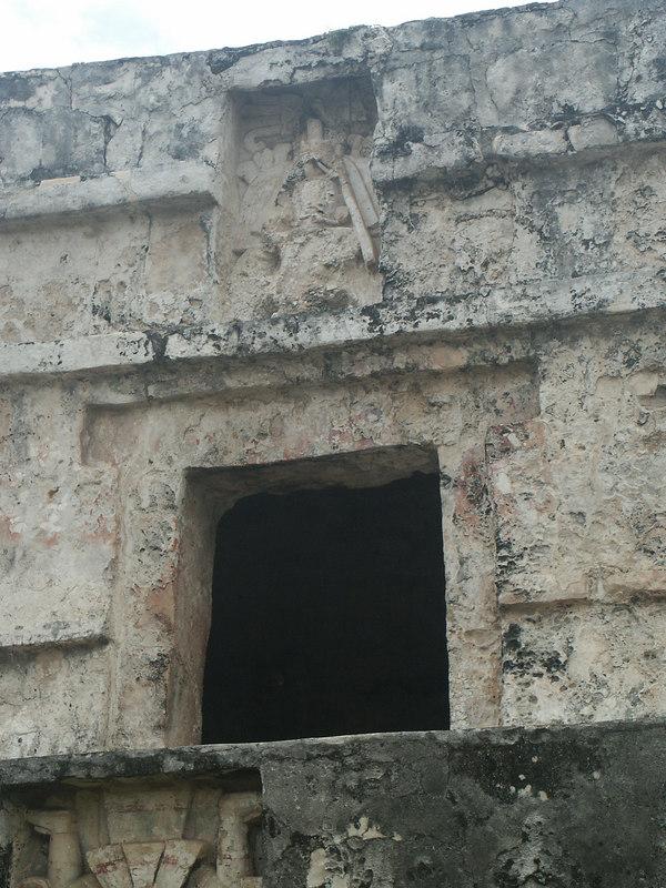 <b>Descending god over Temple of the Frescoes</b>   (Dec 30, 2002, 09:43am)