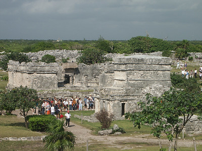Tulum was very crowded   (Dec 30, 2002, 10:04am)
