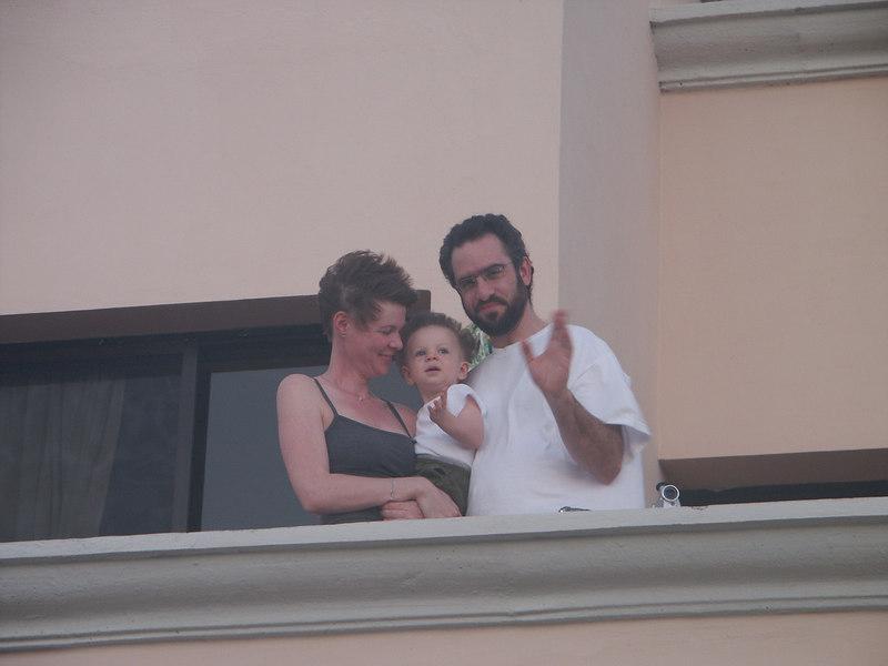 <b>Matt, Erin and Ian wave to the cameraman</b>   (Dec 31, 2002, 06:18am)