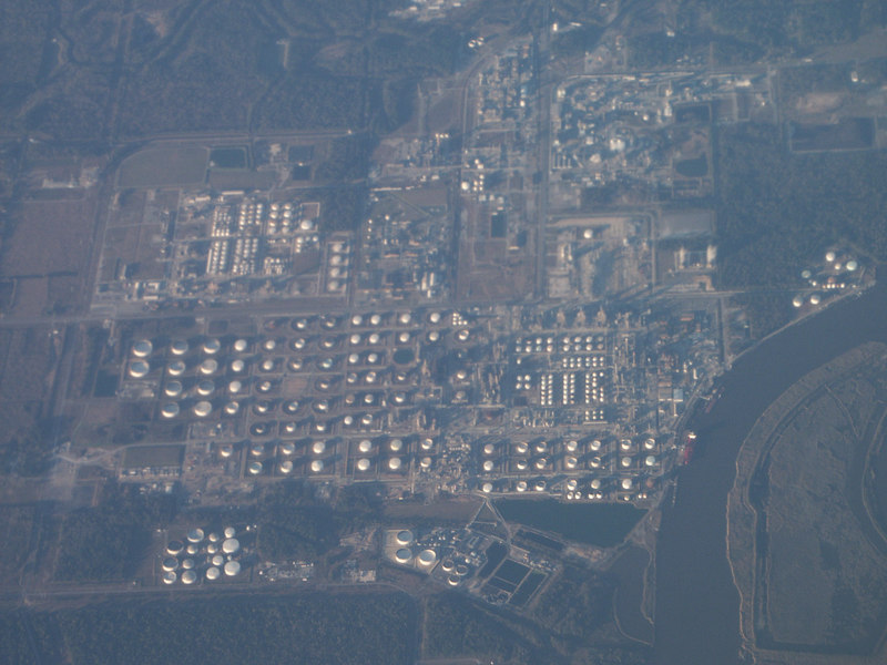 <b>Industrial complex seen from airplane</b>   (Jan 01, 2003, 04:31pm)