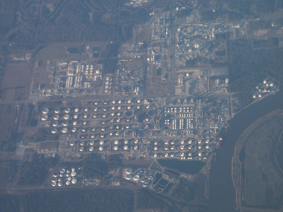 Industrial complex seen from airplane   (Jan 01, 2003, 04:31pm)