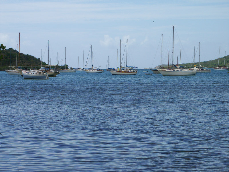 <b>Another look at the boats in Coral Bay</b>   (Jul 01, 2002, 09:52am)