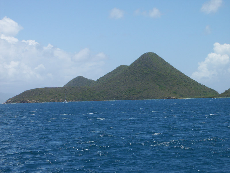 <b>Great Thatch Island near Tortola</b>   (Jul 01, 2002, 12:43pm)